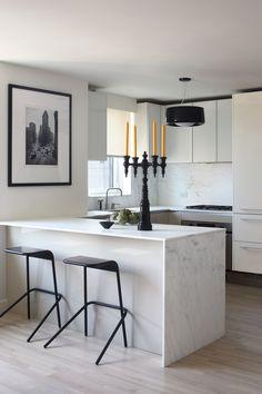 Черно-белая кухня: 40+ фото как оформить минималистичный интерьер…