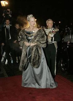 Queen Margrethe's Grey Dress  In January 2006, Margrethe wore this grey dress to the New Year's Court Banquet.