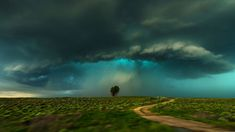 Storm near Lamar, Colorado (© John Finney Photography/Getty Images) Lamar Colorado, Photography Projects, Nature Photography, Colorado Country, Tornado Alley, Wallpaper Pc, Daily Photo, Mother Nature, Bing Images