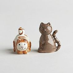Cat Salt & Pepper Shakers.