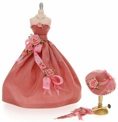 dollhouse miniature ladies hats | Peach Full Skirt Mannequin SOLD
