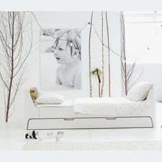 Rafa-kids : White toddler bed,love the storage and the trundle