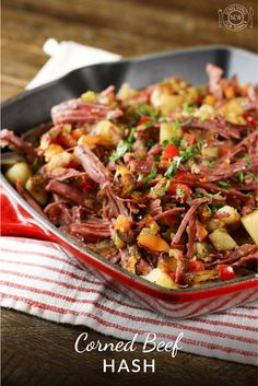 Succulent corned beef, sautéed peppers, onions, celery & crispy browned potatoes can't be beat. Add a green beer for the perfect St. Corned Beef Brisket, Corned Beef Recipes, Veal Recipes, Irish Recipes, Breakfast Recipes, Dinner Recipes, Breakfast Ideas, Sunday Breakfast, Hash Recipe
