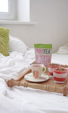 Cozy weekends with a cup of Bootea.