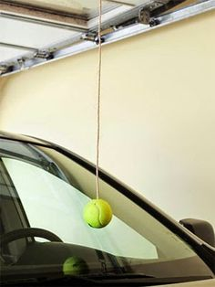 網球場的路上。toward the tennis court: 網球與停車創意 - Tennis x design: Garage parking aid