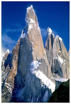 See more Cerro torre, Andes, Patagonia, Argentina. Beautiful World, Beautiful Places, Magic Places, Patagonia, Ushuaia, Photos Voyages, Parc National, Natural Wonders, Amazing Nature