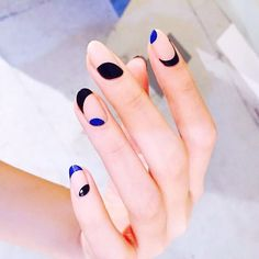 Nails by @nail_unistella, the woman behind the best nail art you've ever seen! -@oliviacoolins