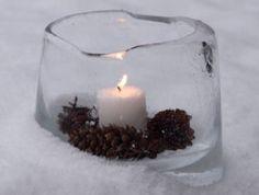 laterne-basteln-fuer-den-garten-im-winter_kreative-diy-winterdeko-mit-diy-eislaterne