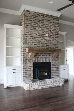 Good Pic Brick Fireplace with built ins Thoughts It often makes sense in order to bypass the remodel! In lieu of pulling out the out of date brick fireplace , save money White Wash Brick Fireplace, Red Brick Fireplaces, Brick Fireplace Makeover, Fireplace Built Ins, Farmhouse Fireplace, Home Fireplace, Living Room With Fireplace, Fireplace Design, Home Living Room