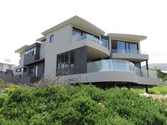 GLASSMEN HERMANUS | HOUSE PRESTON Architect: Andrew Greeff Architects Builder: Mario Le Roux #glassmen #glassmenhermanus