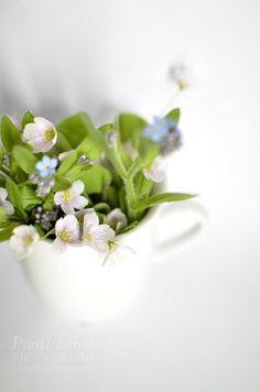 http://pienilintu.blogspot.fi/2013/05/bouquet-in-coffee-cup.html