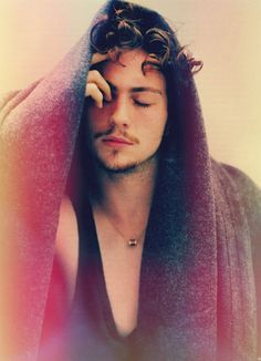 Aaron Taylor-Johnson // The Blonde Rapture.