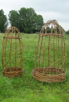 I just bought a lot of willow. I will try to make one like these! They look magnificent!  Willow and hazel products