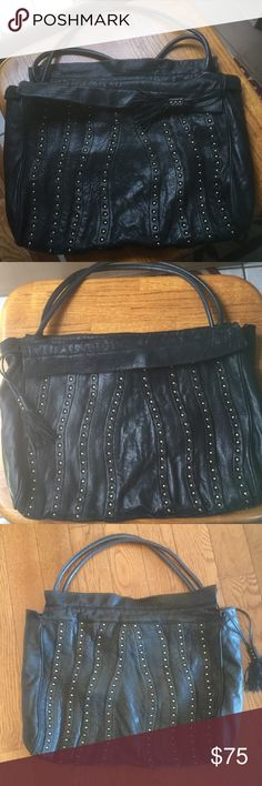 Large Cynthia Rowley Bag Good using conditions (see pictures) genuine leather large Bag. From smoke free home. Make me an offer Cynthia Rowley Bags