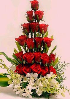 Valentine Flower Arrangements 24 – Valentine's Day Valentine's Day Flower Arrangements, Altar Flowers, Church Flowers, Funeral Flowers, Arte Floral, Deco Floral, Ikebana, Valentines Flowers, Beautiful Roses