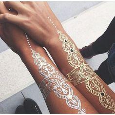 Flash tattoos. For more followwww.pinterest.com/ninayayand stay positively #pinspired #pinspire @ninayay