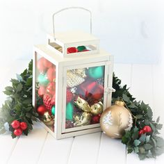 Simple Christmas Decorating- a bauble filled lantern   #targetaustralia