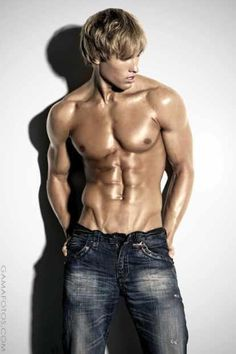 Kyle Hill: Cute-Low-Bodyfat-Tanned-Blond-Male-Model #Lockerz
