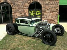 VooDoo Larry  Neat old school type hot rod