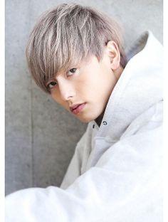 【レスホワイティーショート】×ツーブロックスマートマッシュ Salons, Idol, Hairstyle, Japan, Men's Hair, Hair Ideas, Faces, Draw, Lounges