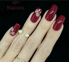 Burgundy Nails, Red Nails, Fingernail Designs, Nail Art Designs, Floral Nail Art, Autumn Nails, Young And Beautiful, Beauty Bar, French Nails