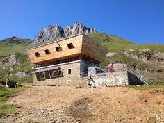 Capanna Corno Gries, Ticino, Svizzera (Rifugi Alpini; Fabrizio Panella)