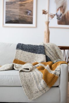 Crochet Afghan Patterns knit Simple Striped Afghan Best knit patterns round up-- - Crochet Afghans, Motifs Afghans, Crochet Blanket Patterns, Knit Crochet, Knitted Hat, Easy Knit Blanket, Crochet Gifts, Crochet Blankets, Knitted Throws