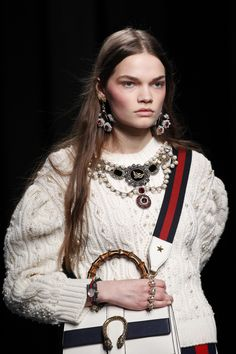 See detail photos for Gucci Fall 2016 Ready-to-Wear collection.