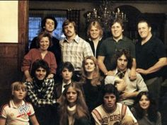 Stu and Helen Hart with their children Smith, Bruce, Keith, Wayne, Dean, Ellie, Georgia, Bret, Allison, Ross, Diana, and Owen Hart. This family's contribution to the world of professional wrestling is immense and immeasurable. Truly an iconic and legendary family.