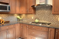 Baltic Brown granite can easily be combined in the kitchen with any color. Moreover, it matches most of the cabinet colors. Granite Countertop Designs, Kitchen Design Countertops, Brown Cabinets, Brown Kitchens, Corian Countertops, Brown Granite, Granite Kitchen, Countertops, Granite Countertops Kitchen