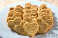 Receita de Biscoitinho de queijo e cenoura em Biscoitos e bolachas, veja essa e outras receitas aqui!