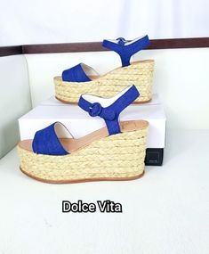 f042a7d98cd Dana Espadrille Wedge Sandal Sz Open toe - Adjustable ankle strap with  buckle closure - Braided straw wrapped platform midsole - Platform wedge  heel ...