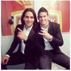 Elegantes dentro y fuera de la cancha. Falcao y James Rodriguez #Colombia. :-)