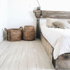 ☆VIA @wearecaribou ☆#bedroom #habitacion #chambre #decoracion #decoration #decor #narural #neutral #instagram ☆#iolandapujolpinterest ☆#srtapepistumblr ☆ioLA