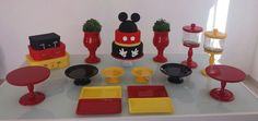 Mickey Mouse Desserts, Mickey Mouse Party Favors, Minnie Y Mickey Mouse, Fiesta Mickey Mouse, Mickey Mouse Crafts, Mickey Mouse Parties, Mickey Party, Mickey Birthday Cakes, Mickey Mouse First Birthday