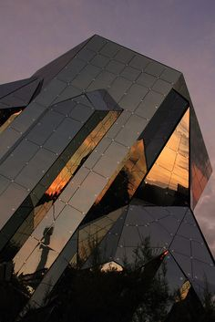 "This is absolutely stunning ! ""Future Architecture - Futuroscope France by , via Flickr"""