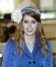 Princess Beatrice looks pretty in royal blue at the St Pauls service for the diamond jubilee