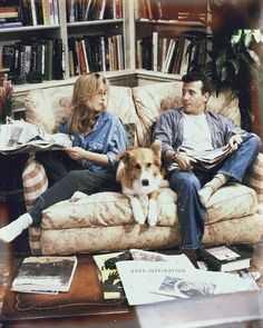 """Mad About You"" is an American sitcom that aired from September 23, 1992 to May 24, 1999 🎬.  The show starred Paul Reiser and Helen Hunt as a newly married couple in New York City 🌃."