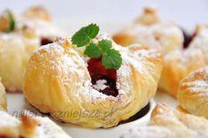 Ciastka francuskie z wiśniami, ciasto francuskie, ciasteczka z wiśniami, wiśnie, http://najsmaczniejsze.pl #ciastka #wiśnie #food #cookies