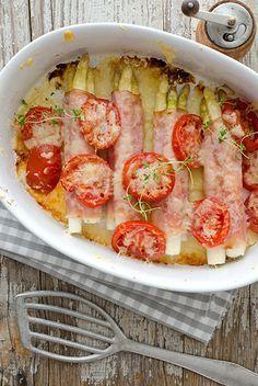 Spargel aus dem Ofen, mit leckeren Tomaten und Thymian und Gouda #spargel #gratin #igraal
