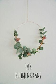 DIY Tutorial super simples Blumenkranz für Tür aus Kupferdraht und Eukalyptus!