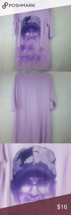 1x sleep gown shirt purple duck dynasty euc Good condition hardly worn but washed long nighty bedtime T-shirt jammies duck dynasty somewhat a rare hott item its great for collectors due to the AE family show duck dynasty great for people who love the show or collect items great condition non tares rips or stains ready for new home !!  ??Purple color  Fit sizes x1 or 1X pant sizes 14-18 its oversized shirt for sleepwear  Pit to pit 21 Intimates & Sleepwear Pajamas