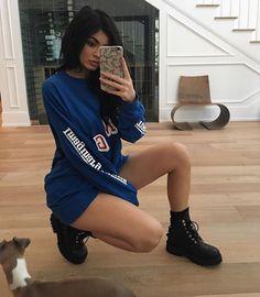 Kylie Jenner 2016 mirror selfie