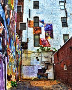 Philadelphia alley art