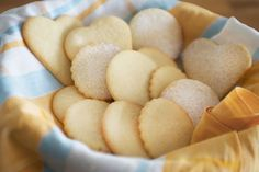 Here are the step-by-step directions—including photos—for making sugar cookies that will come out buttery and delicious every time. Sugar Cookies From Scratch, Cookie Recipes From Scratch, Iced Sugar Cookies, Sugar Cookie Dough, Recipe From Scratch, Sugar Cookies Recipe, Bar Cookies, Old Fashioned Cookie Recipe, Old Fashioned Sugar Cookies