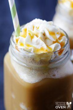 Skinny Caramel Frappe Recipe | gimmesomeoven.com
