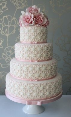 Pretty Lace 4-tier wedding cake with a lovely posy of wired sugar roses. Cake! by Sarah Small @ www.choosecake.co.uk