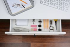 Ridding your home of unnecessary clutter is a task on everyone's list, but actually getting around to doing it can be daunting, especially for the chronic procrastinator. But a huge clear-out doesn't need to be as painful as you think – and it doesn't need to be done all in one go either. Performing these … Continue reading 3 Simple Tips to Declutter your Home in 10 Minutes or Less