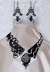 """Sets with a pendant - lace """"frivolite"""":: A lace """"frivolite"""" of Elena Ignatova, master of folk creation, Ukraine, Kharkov :: Jewellery knot shuttle lace of frivolite (schiffchenspiize), ear-rings, bangles, necklace, natural stone and skin with a lace, style """"The Gothic Black-art"""""""