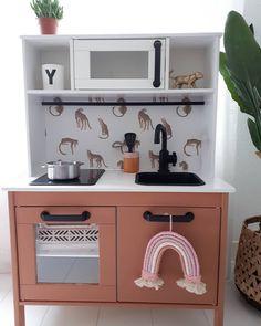 Ikea Furniture Hacks, Kids Furniture, Ikea Hacks, Ikea Kids Kitchen, Toy Kitchen, Kitchen Flooring, Kids House, House Styles, Design